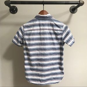 GAP Shirts & Tops - GAP boys short sleeve button down shirt